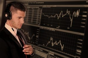 שורטים על מניות – להרוויח דווקא כשהבורסה יורדת