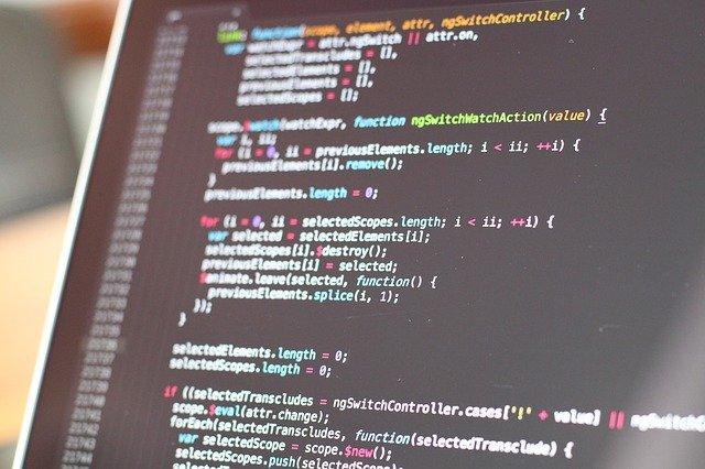 כיצד בוחרים חברת פיתוח תוכנה מיקור חוץ בצורה חכמה