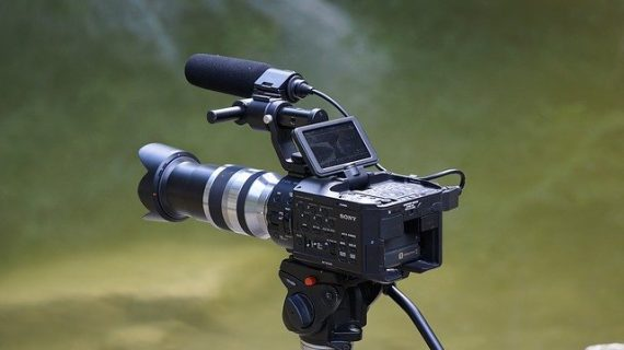 הקשר בין סרטון תדמית ופרסום באינטרנט